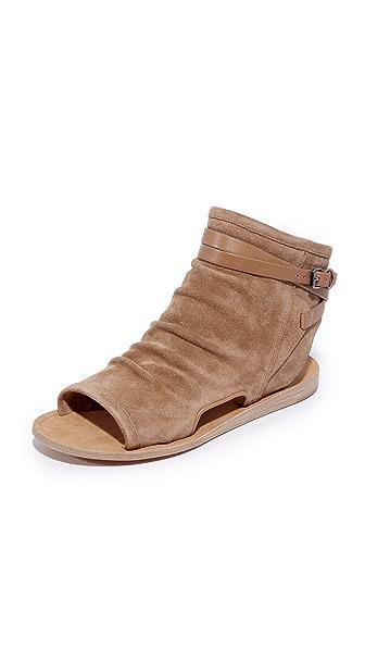 Vince Thalia Flat Sandals - Sand