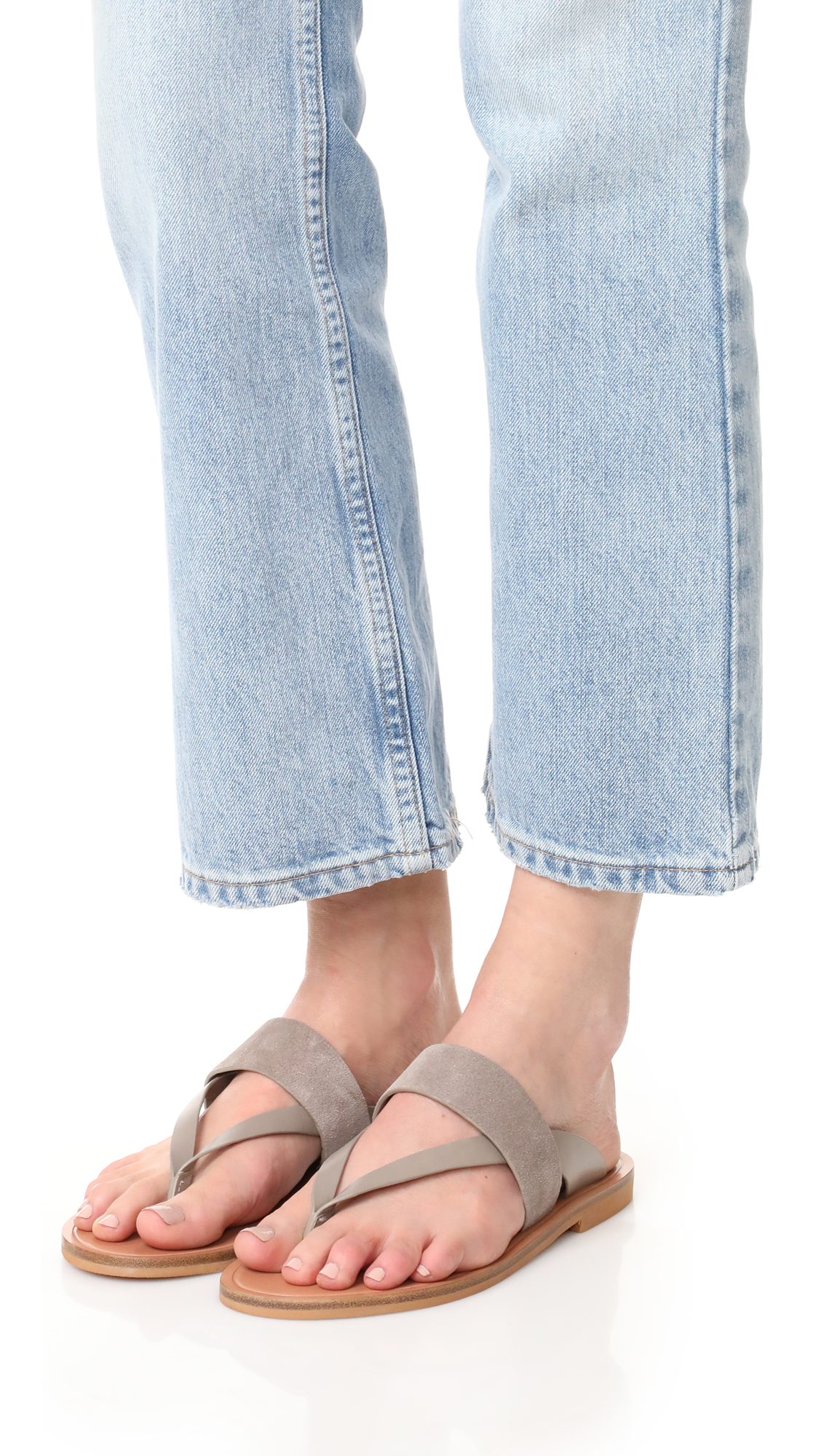 Vince Tess Thong Sandals clearance low cost buy online new cheap classic 2014 new for sale outlet sale online fDSqG