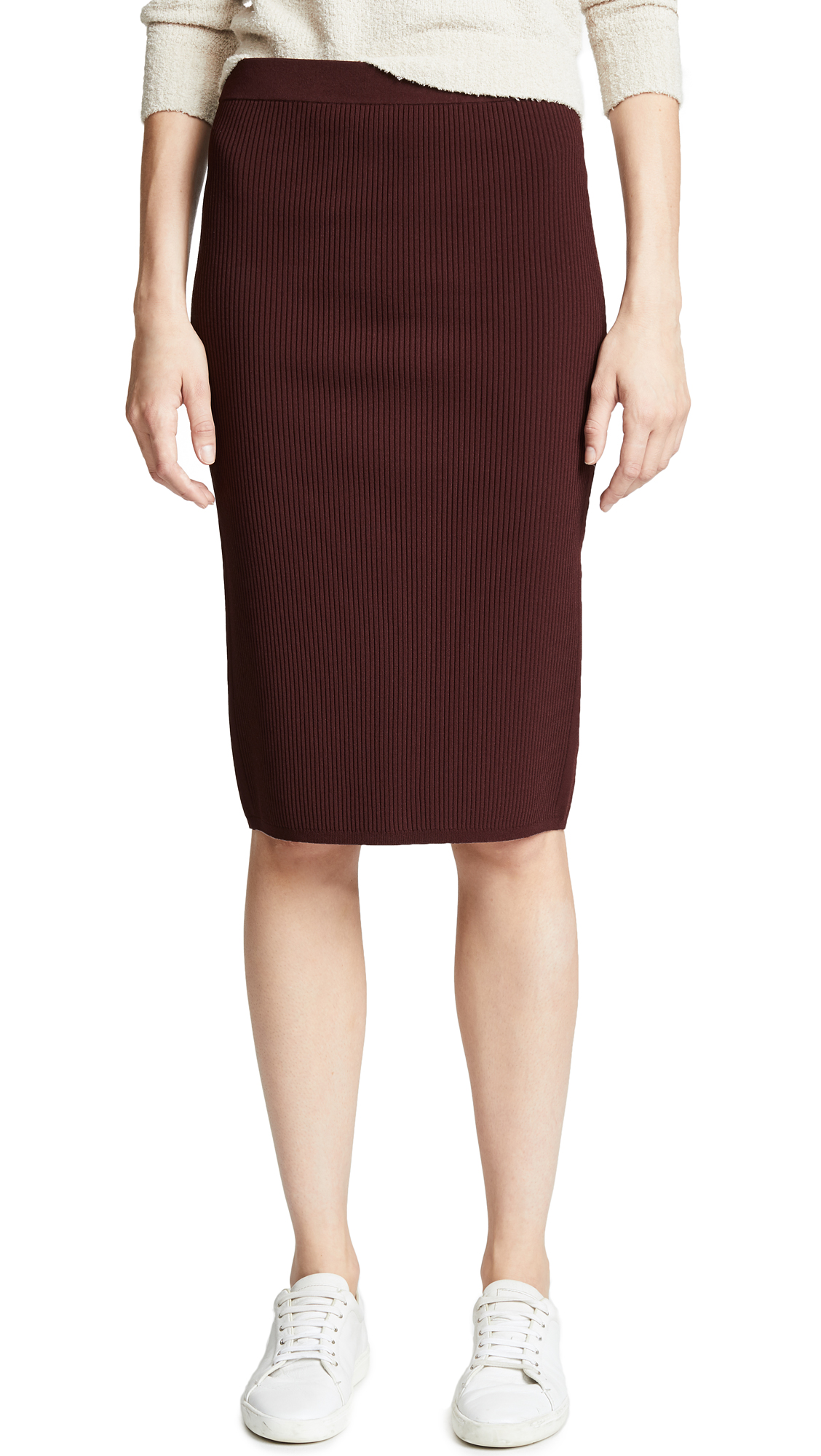 Vince Ribbed Skirt In Black Cherry