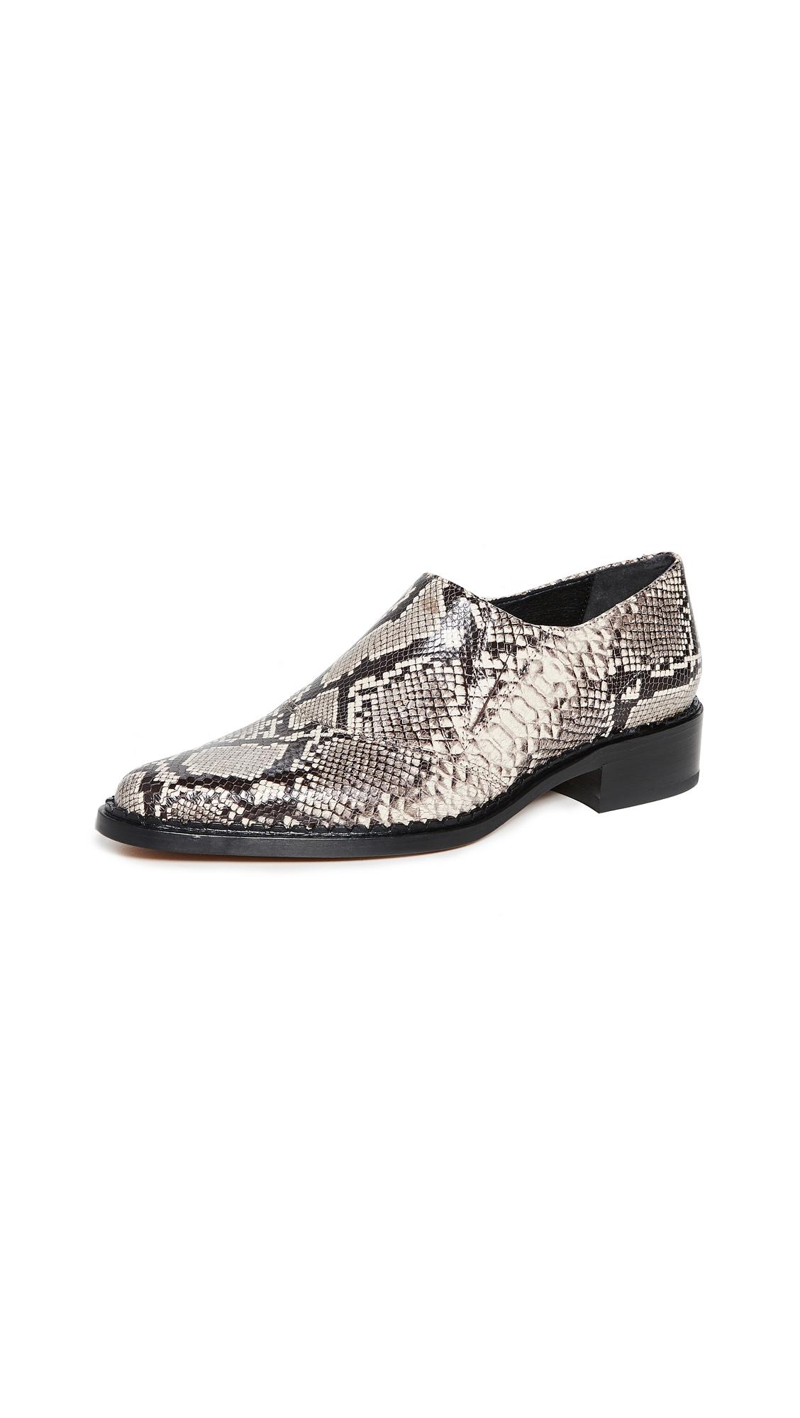 Buy Vince online - photo of Vince Delmar Shoes