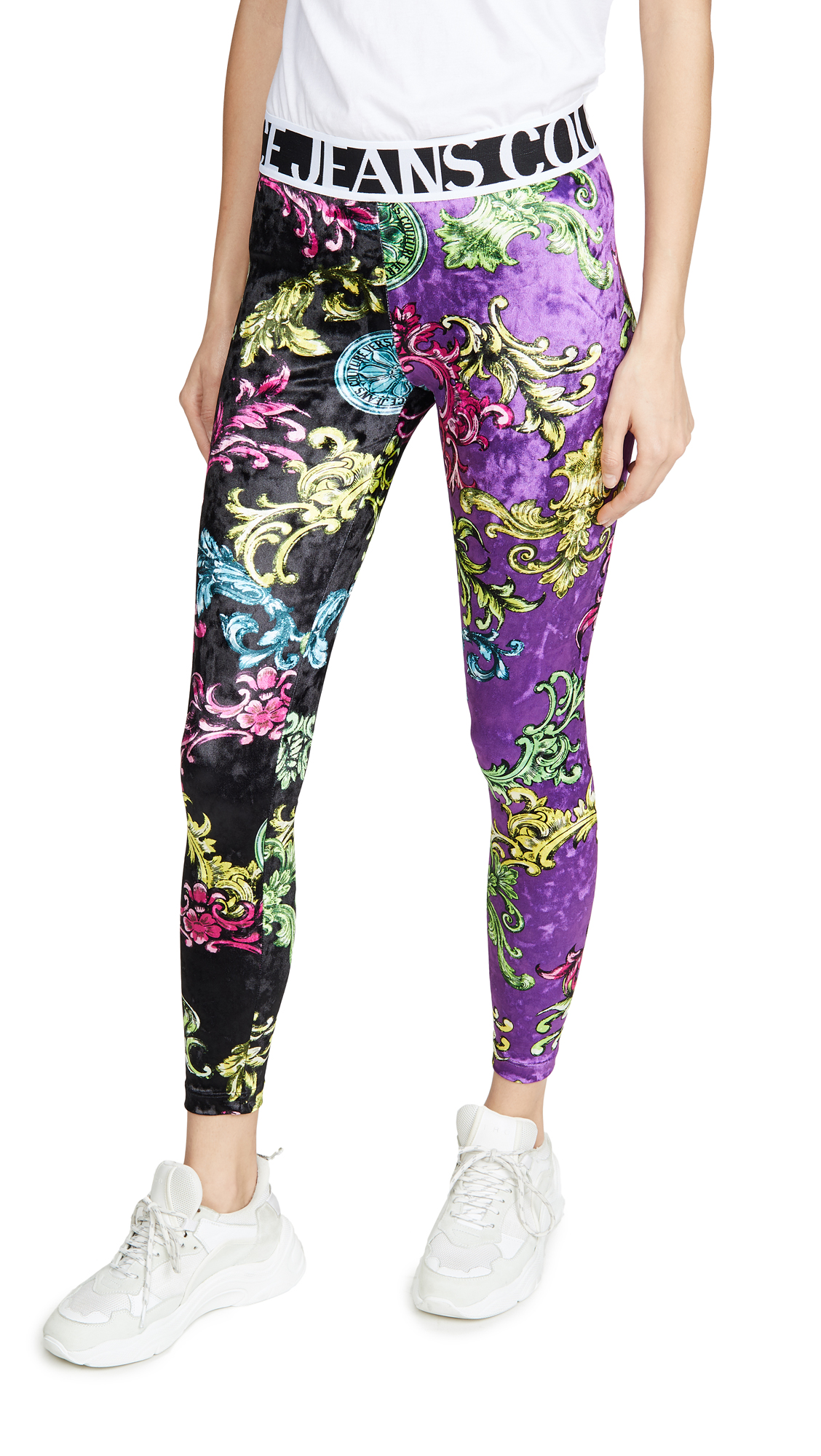 Buy Versace Jeans Couture online - photo of Versace Jeans Couture Printed Leggings