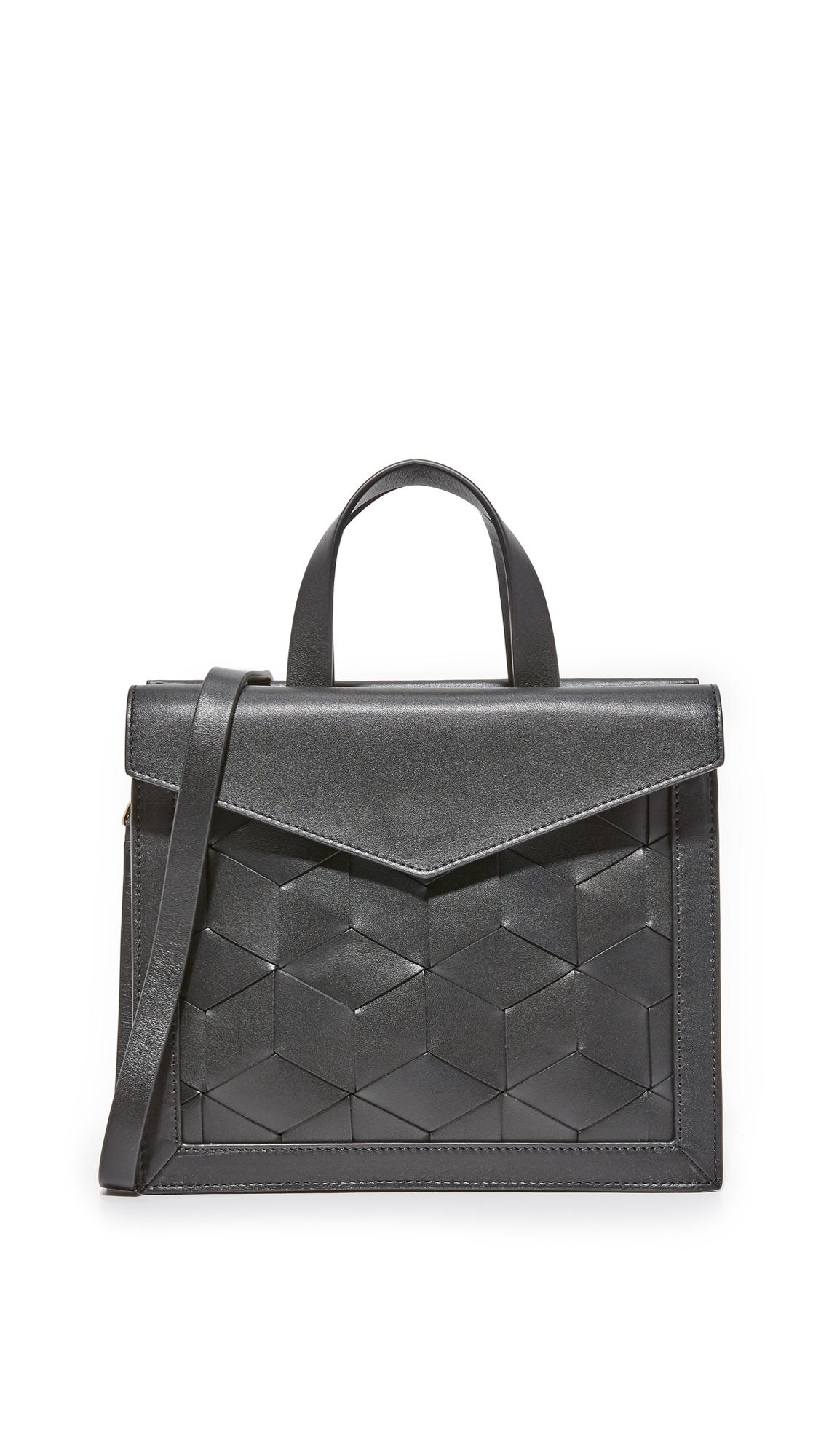 welden female welden voyager small flap satchel black