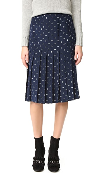 What Goes Around Comes Around Chanel Pleated Skirt (Previously Owned) - Navy/White