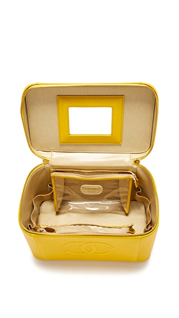 What Goes Around Comes Around Chanel Caviar Vanity Bag (Previously Owned)