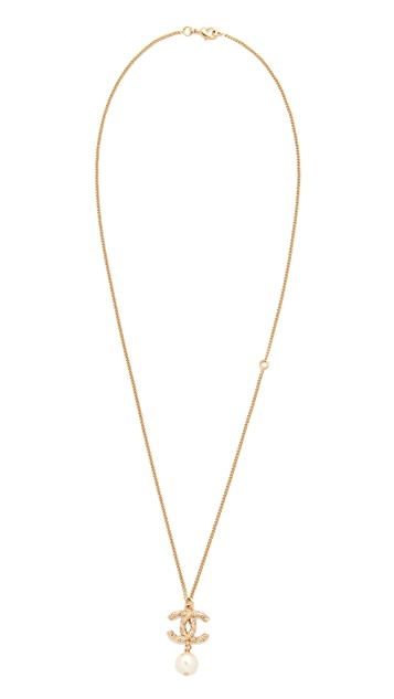 What Goes Around Comes Around Chanel Imitation Pearl CC Necklace (Previously Owned)