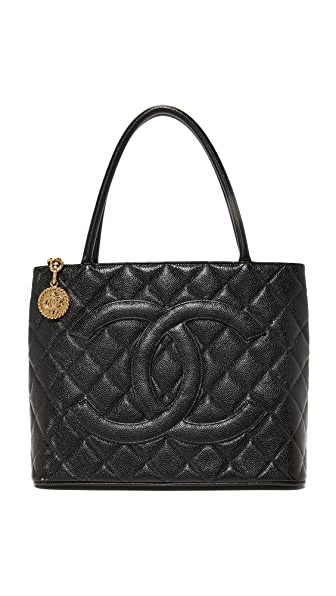 What Goes Around Comes Around Chanel Medallion Tote (Previously Owned) In Black