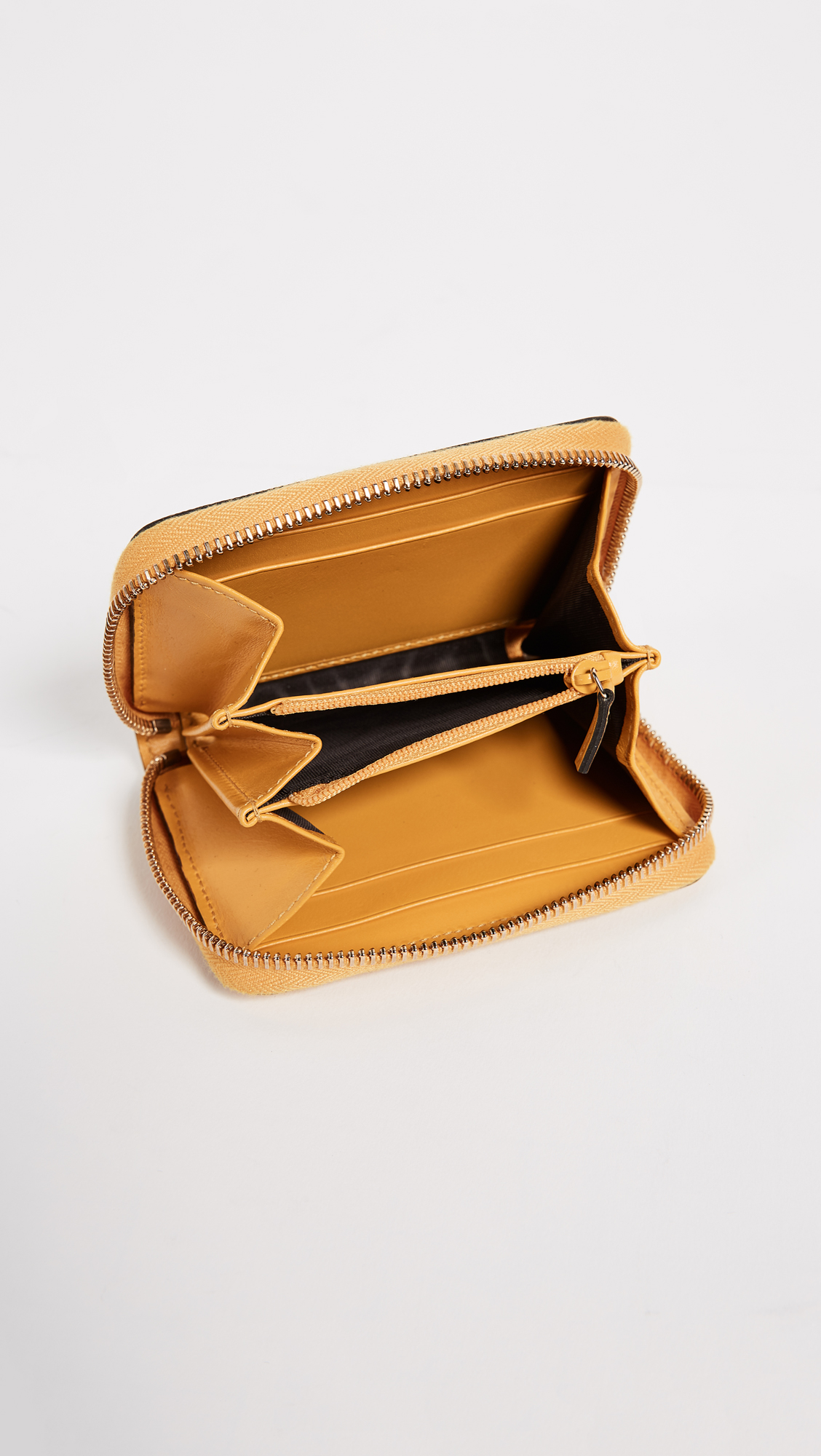 b1dd81eaa33 What Goes Around Comes Around Gucci Yellow Diamante Zip Wallet (Previously  Owned)