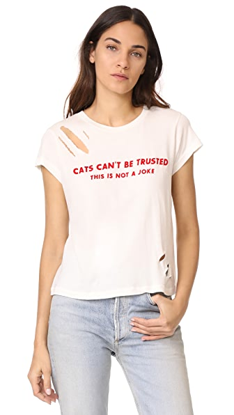 Wildfox Cats Can t Be Trusted Thrashed NO9 Tee - Vintage Lace