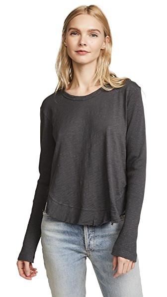Wilt Shrunken Ruffle Shirttail Long Sleeve Tee In Metal