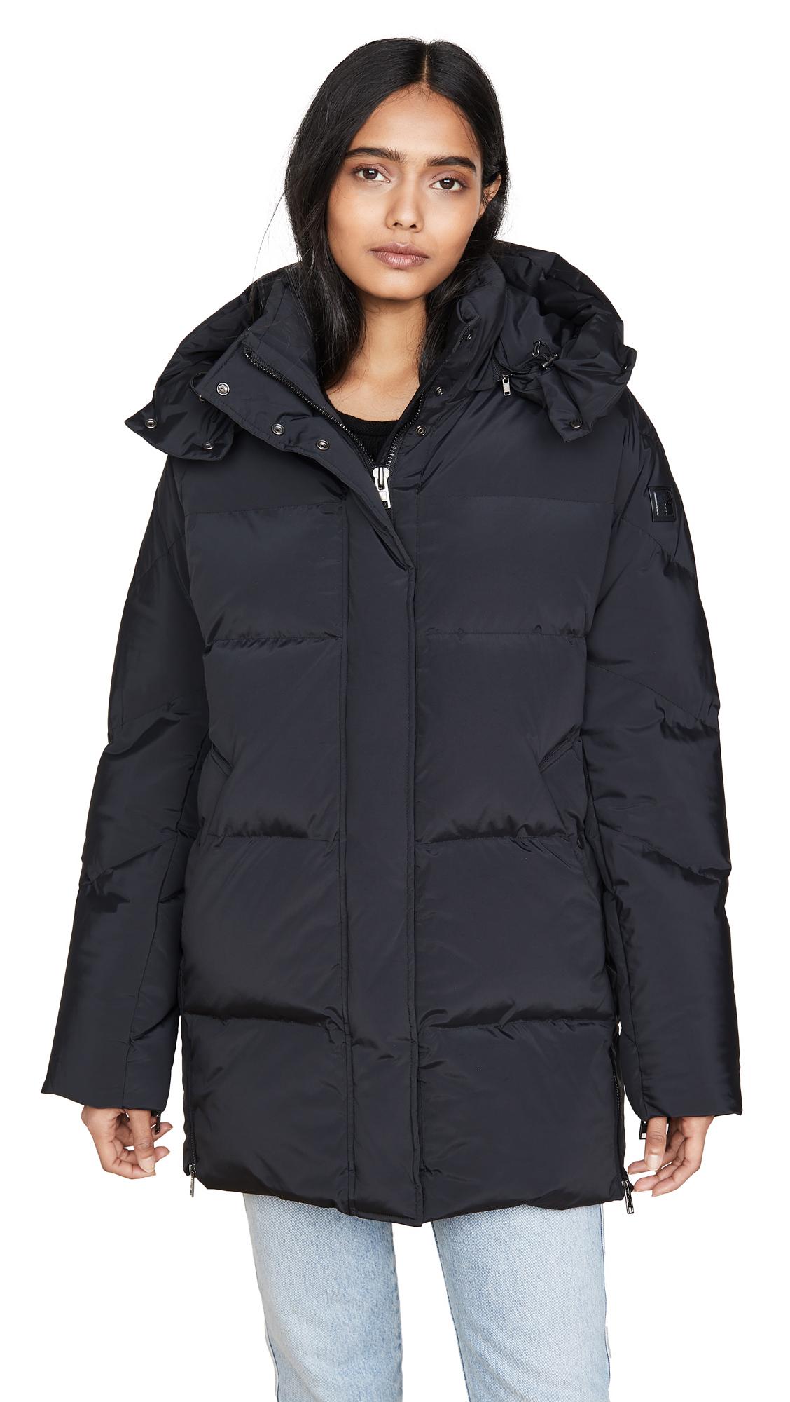 Buy Woolrich online - photo of Woolrich W's Aurora Puffy Coat
