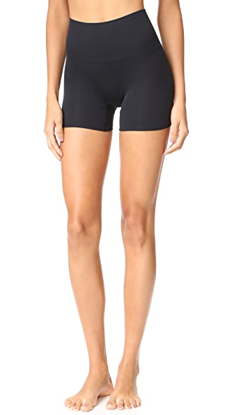 Yummie Seamlessly Shaped Ultralight Nylon Shorts In Black