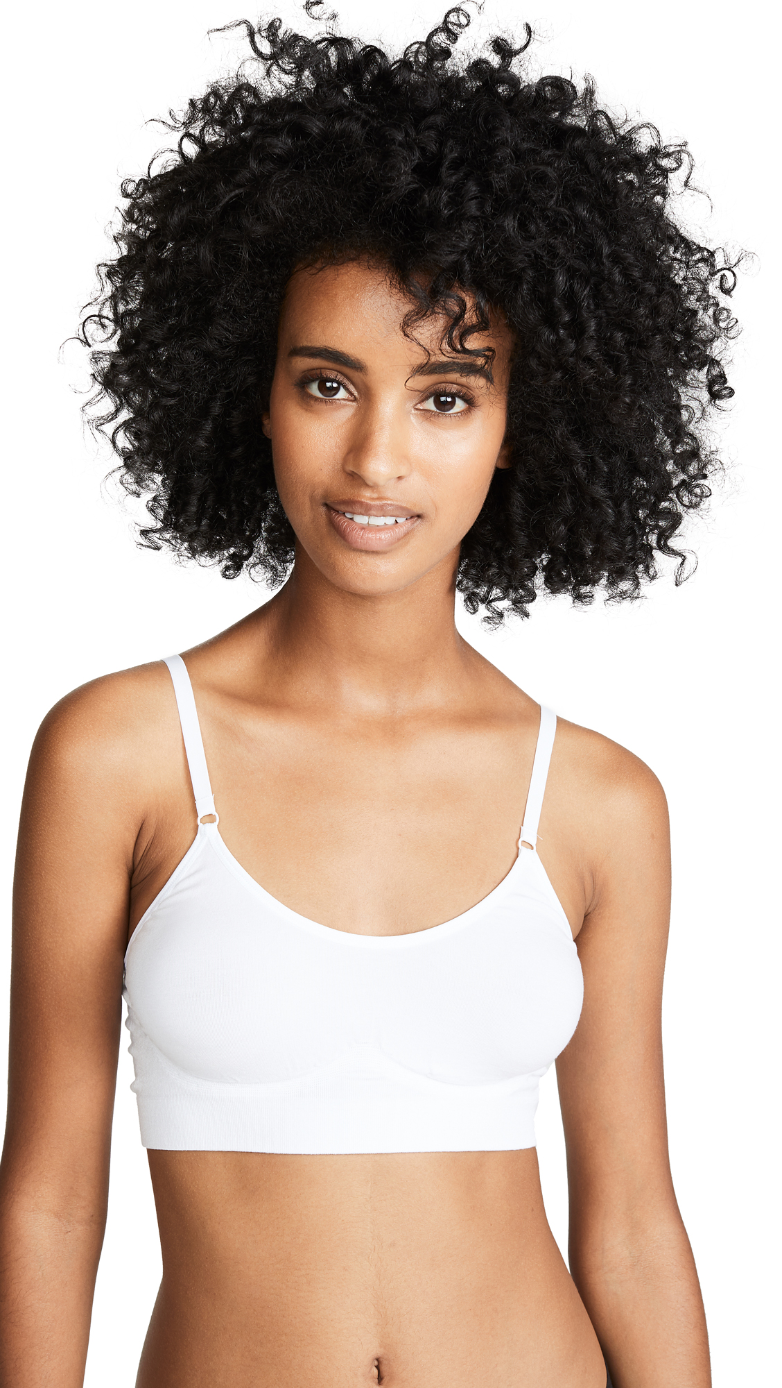 YUMMIE Seamlessly Shaped Convertible Scoop Neck Wireless Unlined Bralette in White
