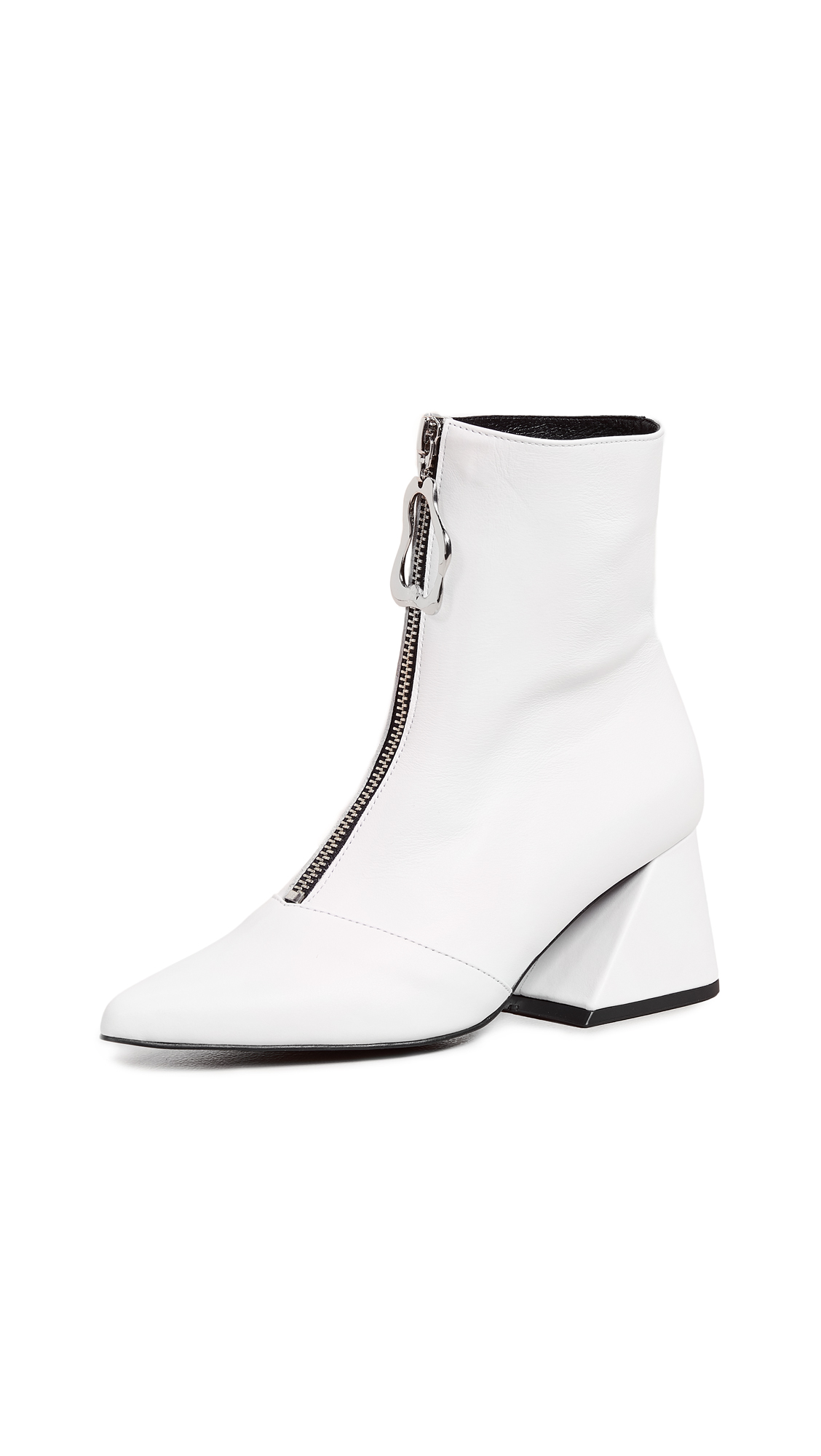 Yuul Yie Front Zip Y Booties - White