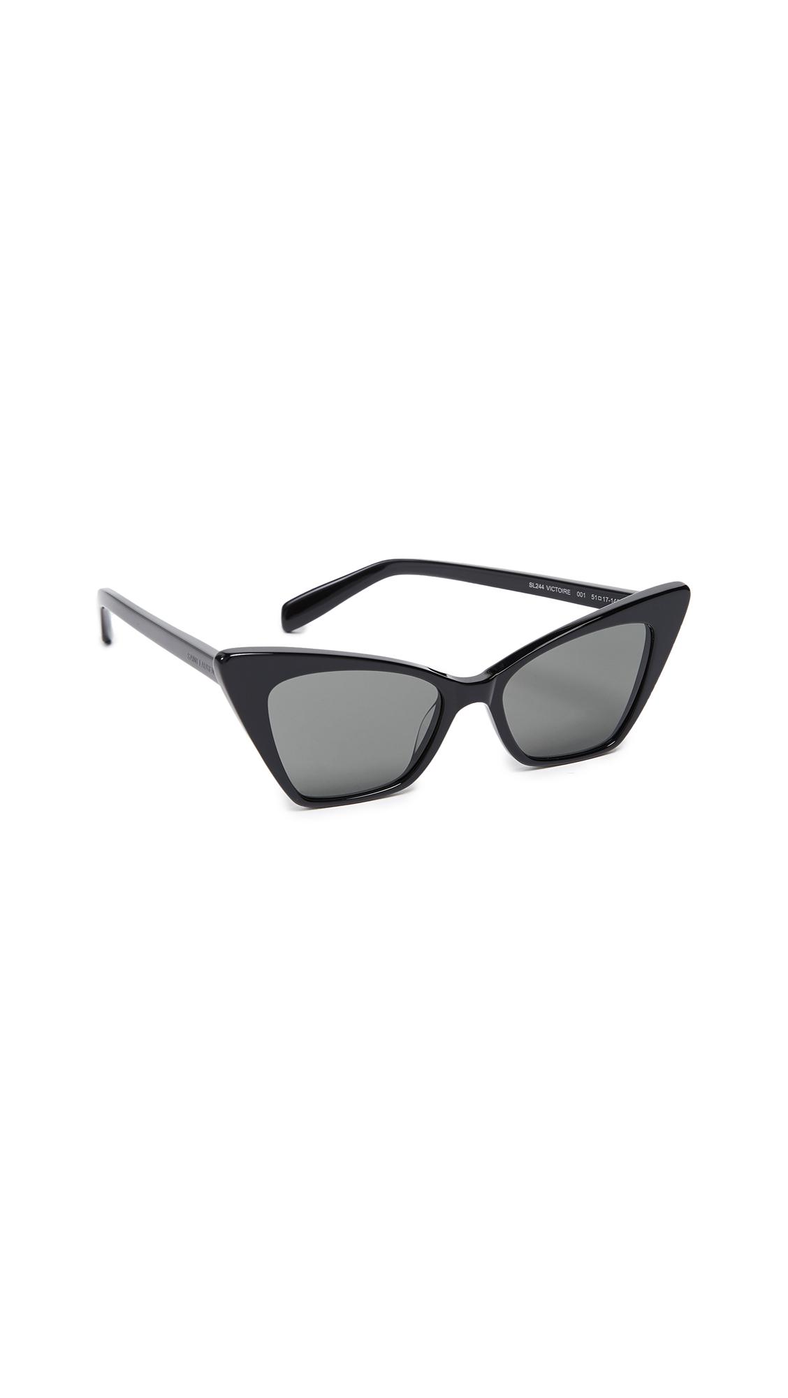 Saint Laurent Cateye Sunglasses In Black/Solid Grey