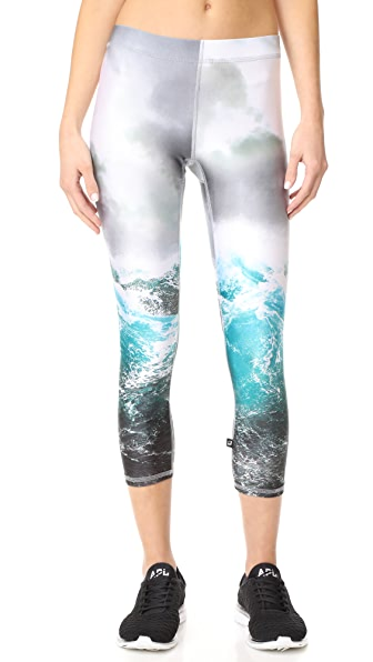 Terez Stormy Waters Capri Leggings - Multi