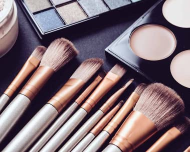 Makeup pallete and brushes