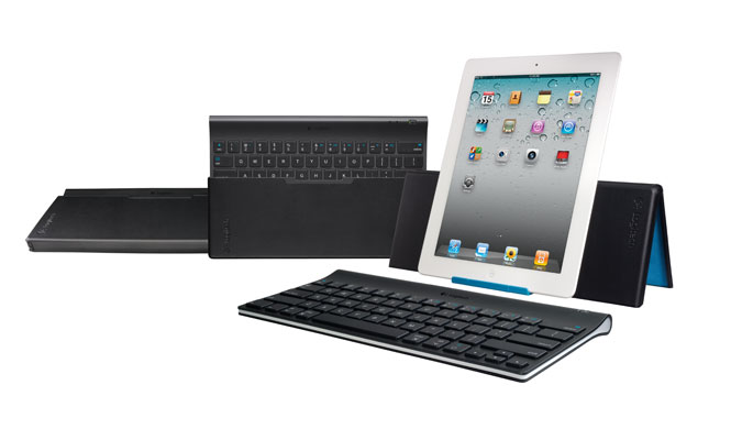 Amazon Com Logitech Ipad Keyboard And Stand Combo For