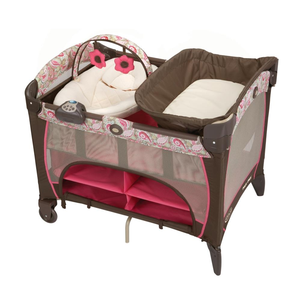 Amazon Com Graco Pack N Play Playard With Newborn