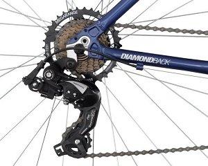 B008O0XLO0 img2  Diamondback 2013 Mens Edgewood Sport Hybrid Bike with 700c Wheels