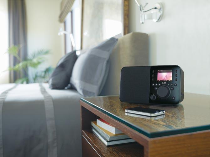 logitech ue smart radio black discontinued. Black Bedroom Furniture Sets. Home Design Ideas