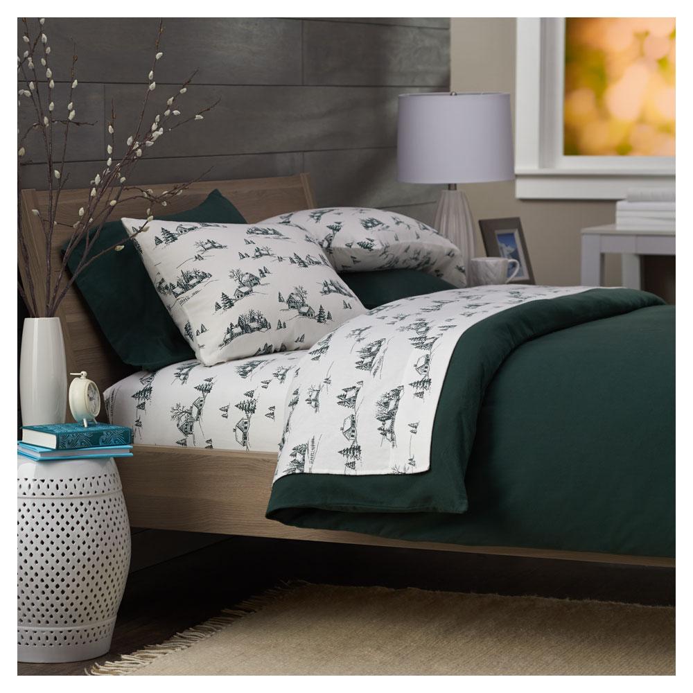 Amazon.com: Pinzon Lightweight Cotton Flannel Sheet Set ...