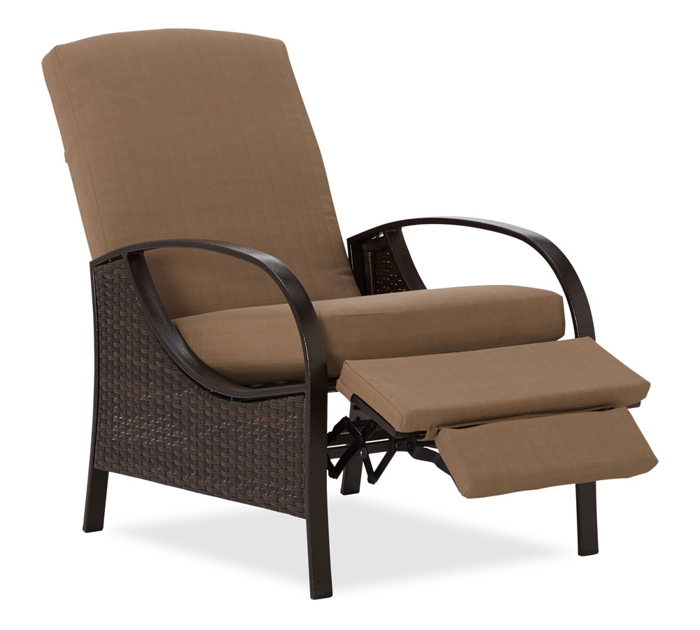 Strathwood all weather wicker deep seating for Outside porch chairs