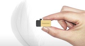 Transcend 32GB JetFlash 380 USB 2.0 Flash Drive (TS32GJF380S)