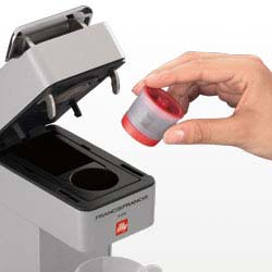 Amazon.com: Illy Caffe Touch - Cafetera espresso: Kitchen ...