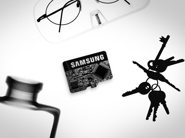 Samsung 32GB Class 6 Micro SDHC up to 24MB/s with Adapter (MB-MS32DA