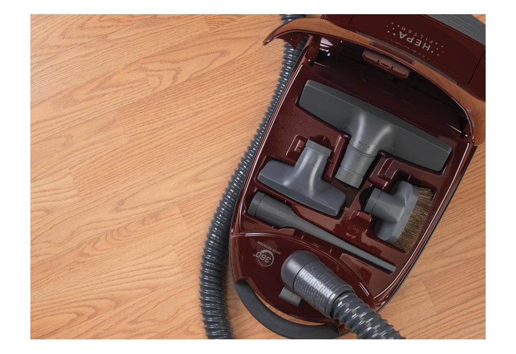 Amazon.com - Panasonic MC-CG902 Full Size Bag Canister Vacuum ...