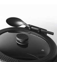 Convenient spoon rest