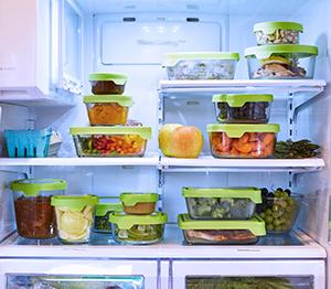 glass; storage; containers; freezer; stacking; refrigerator; leftovers; lids