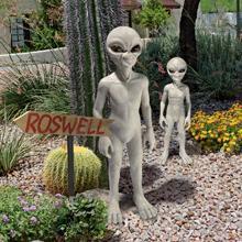 aliens, zombies, halloween