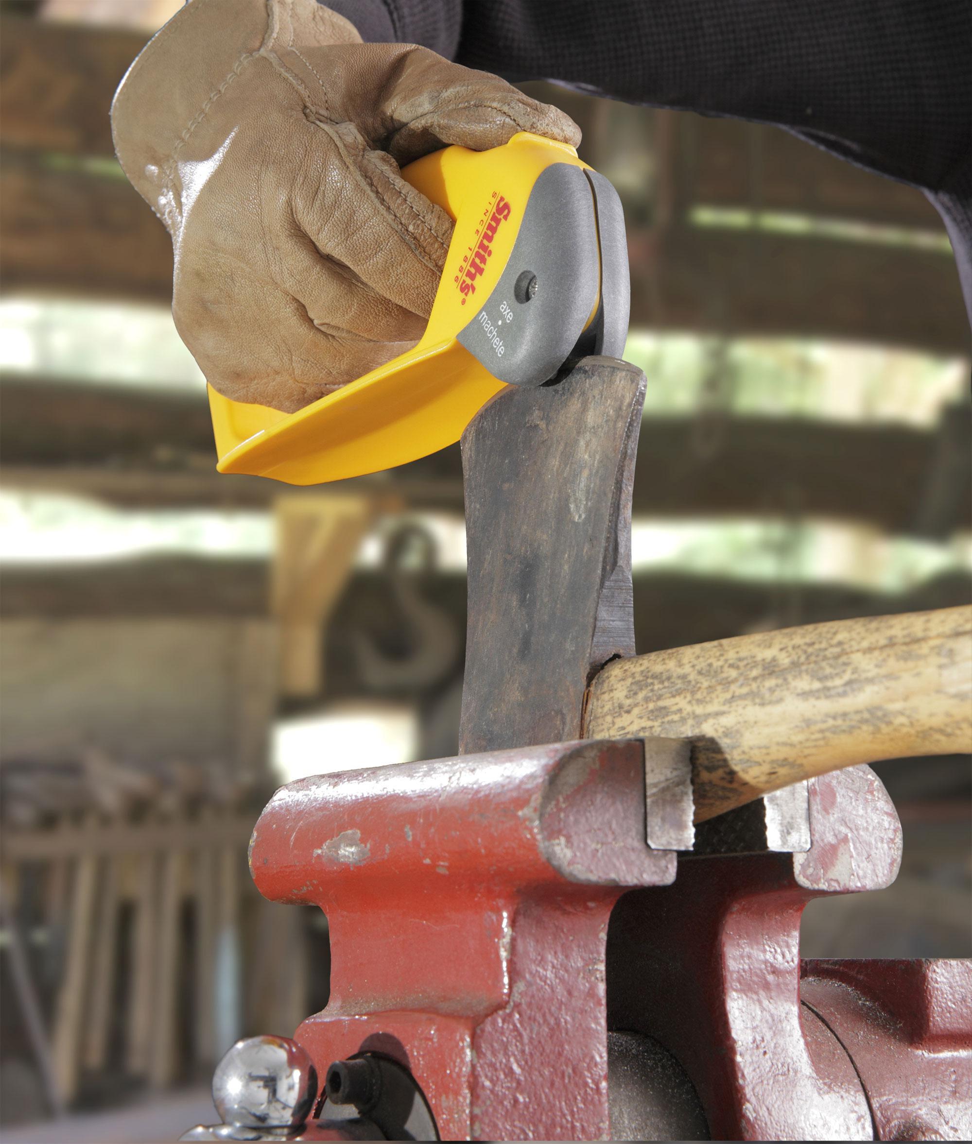 Amazon.com: Smiths 50582 Afilador de hacha y machete.: Home ...