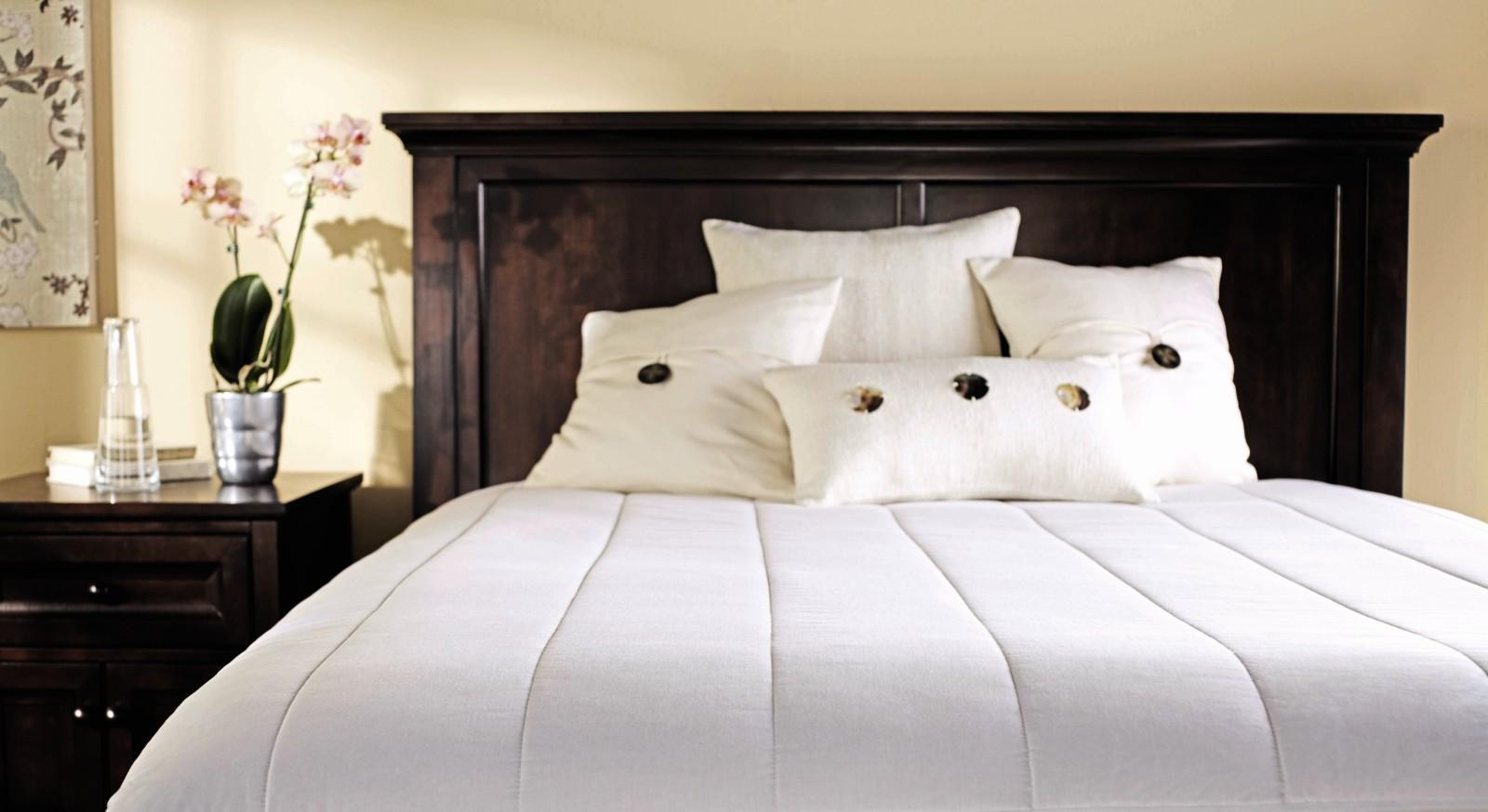 From the manufacturer. Sunbeam Vertical Quilted Polyester Heated Mattress  Pad.