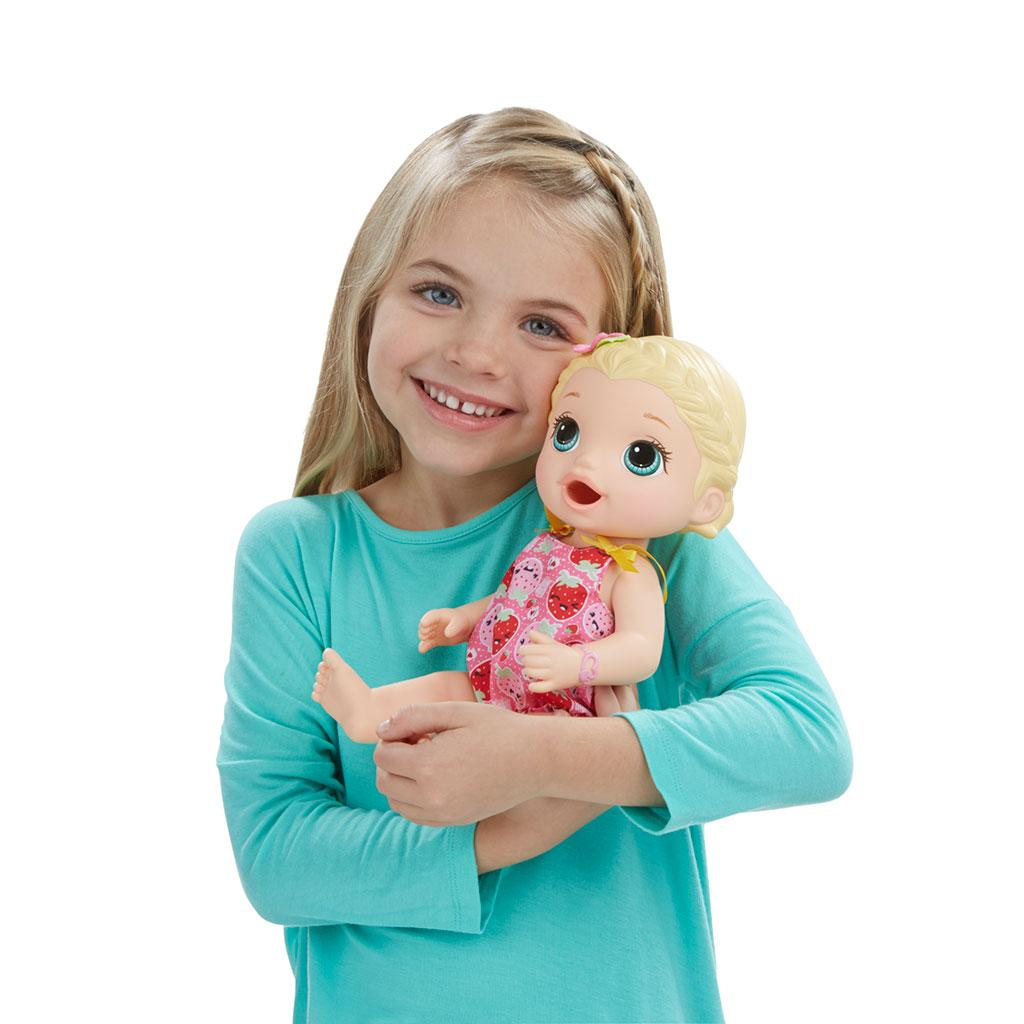 Amazon Com Baby Alive Super Snacks Snackin Lily Blonde