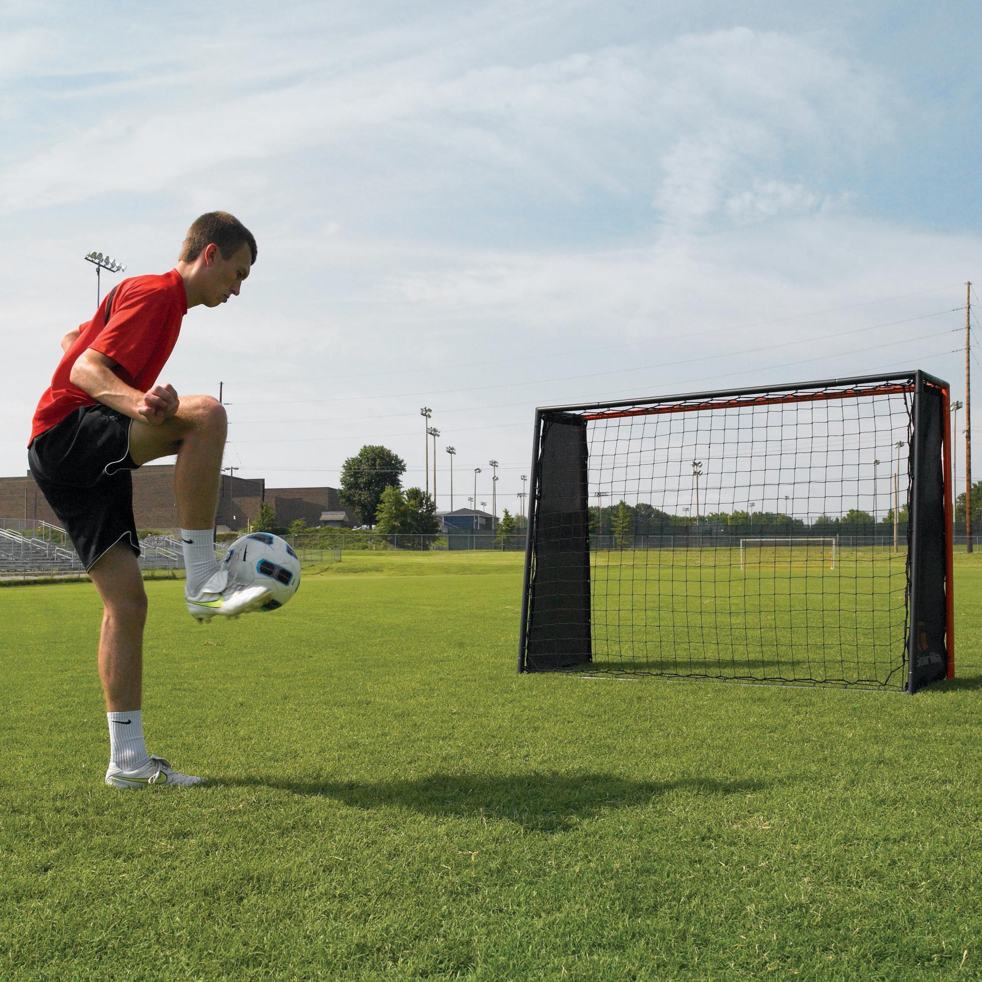 Amazon.com : Goalrilla Striker- Soccer Rebound Trainer : Soccer Rebounders : Sports & Outdoors