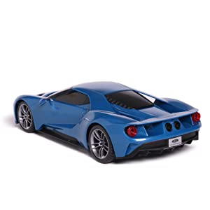 The Ford Gt Was Unveiled At The North American International Auto Show Naias It Received Rave Reviews For Styling And Performance