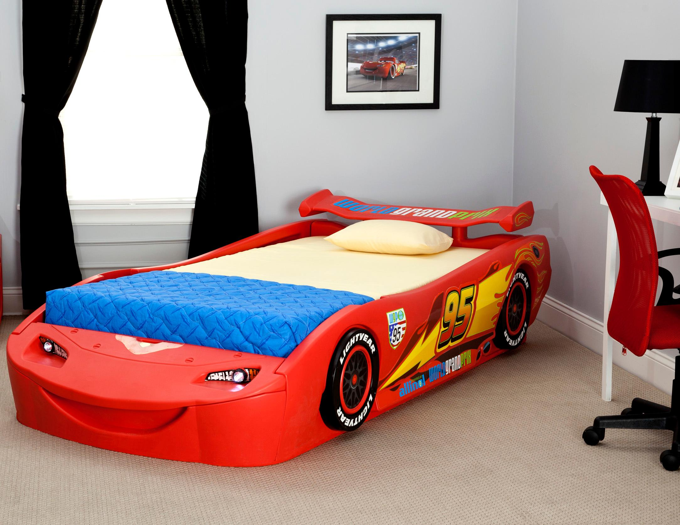 Race Car Room Decor Kids Racing Race Car Bed Disneycartoys Cars Themed Kids Bedroom