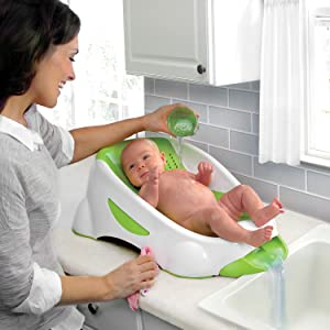 munchkin clean cradle tub green baby. Black Bedroom Furniture Sets. Home Design Ideas