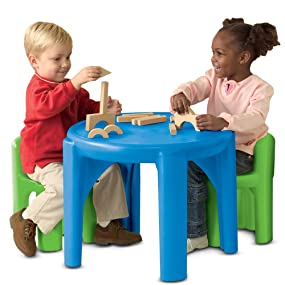 Little tikes bright 39 n bold table chairs for Table th not bold
