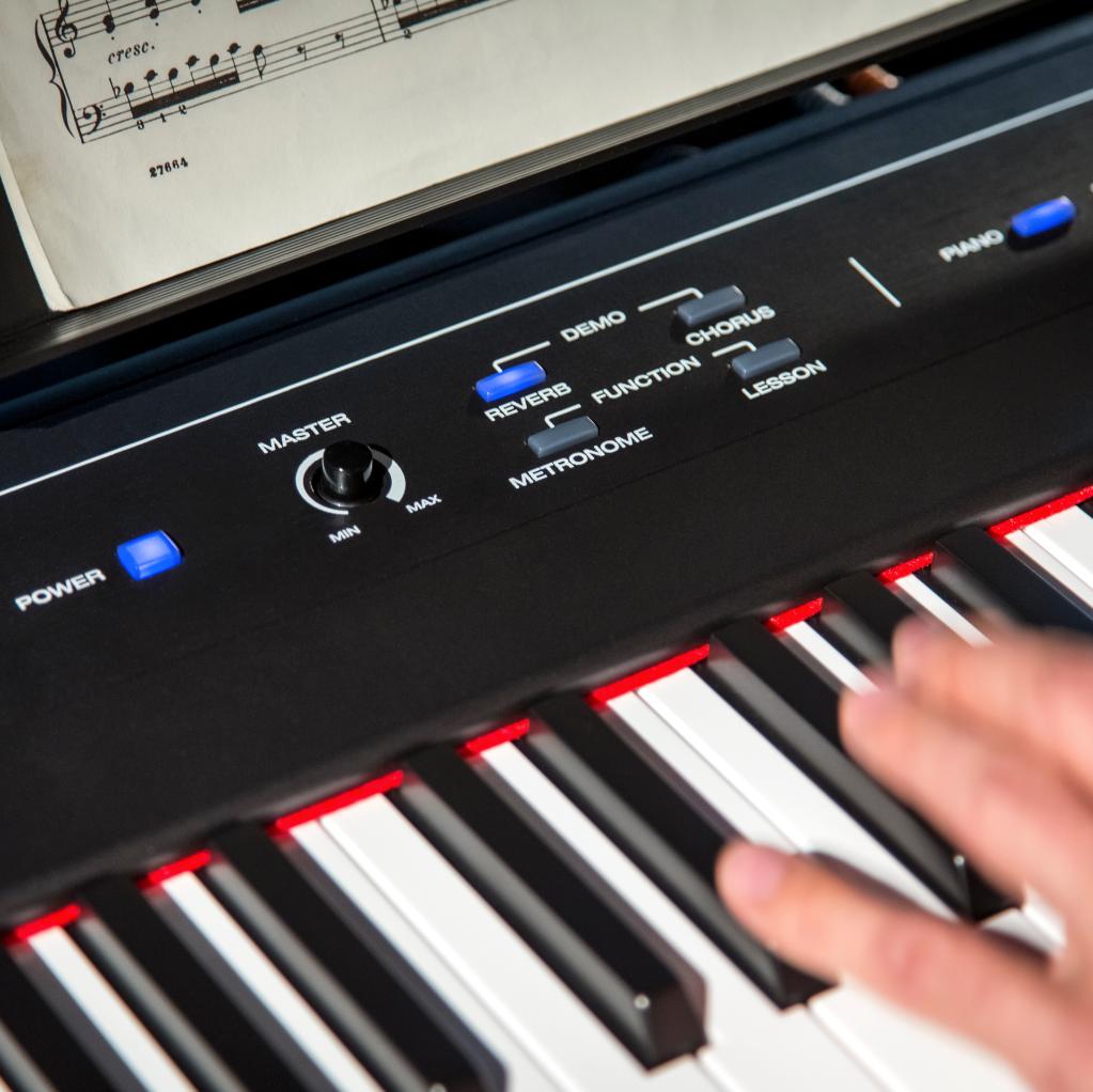 Amazon Com Alesis Recital 88 Key Beginner Digital Piano