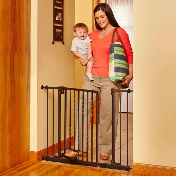 Amazon Com Supergate Step N Go Gate Bronze Fits Spaces Between