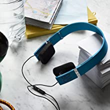 Beoplay by Bang & Olufsen Form 2i on ear headphones sound acoustics MOMA iconic Denmark inline