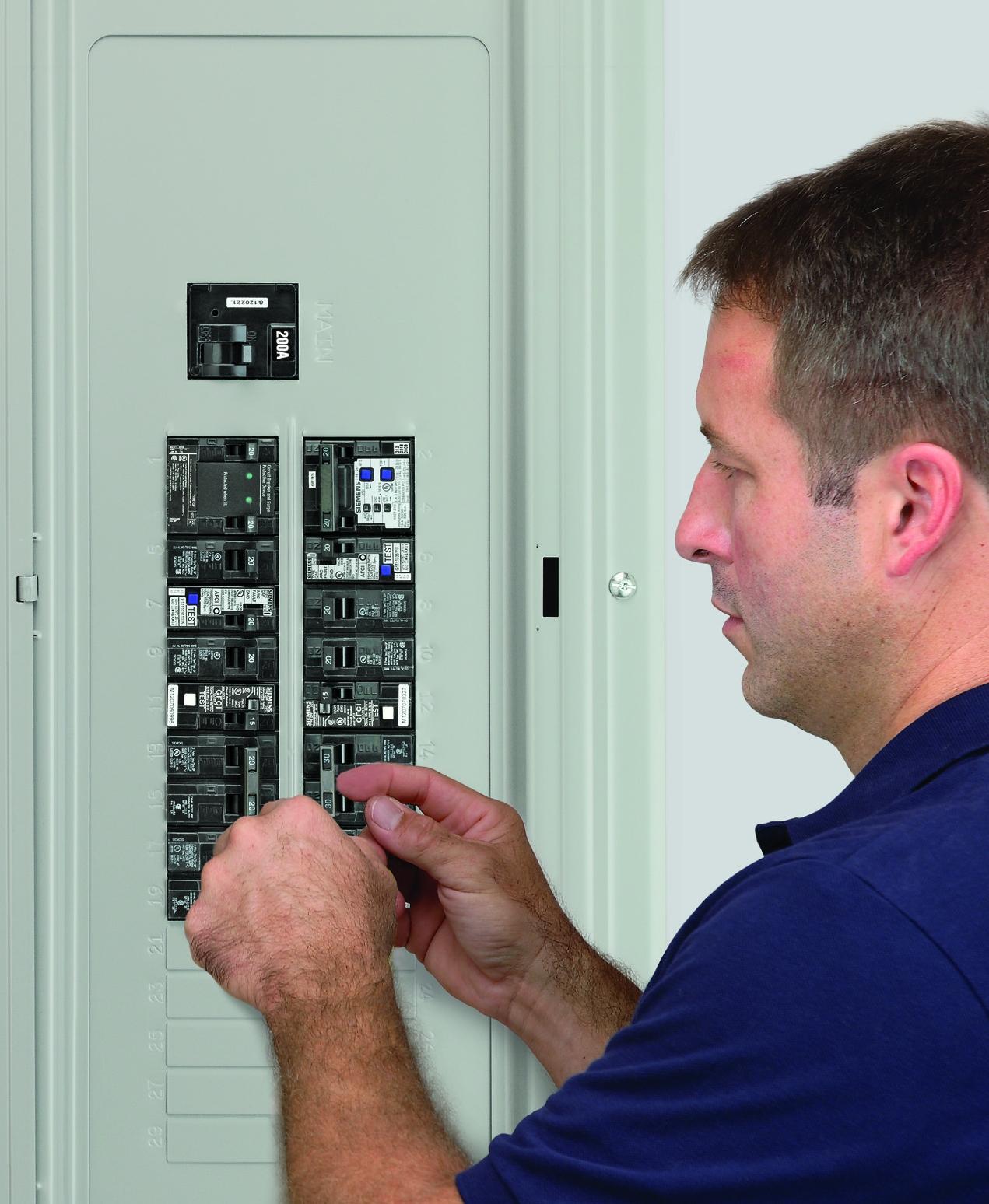 Siemens Qa115afc 15 Amp Single Pole 120 Volt Plug On Combination Q115 Circuit Breaker The Advantage