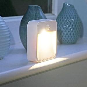 battery led, battery powered led lights, led nightlight, motion sensor led, wireless led, tap light