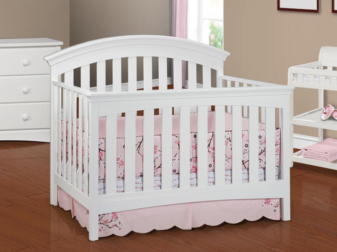 Amazon Com Delta Children Bentley 4 In 1 Crib Chocolate