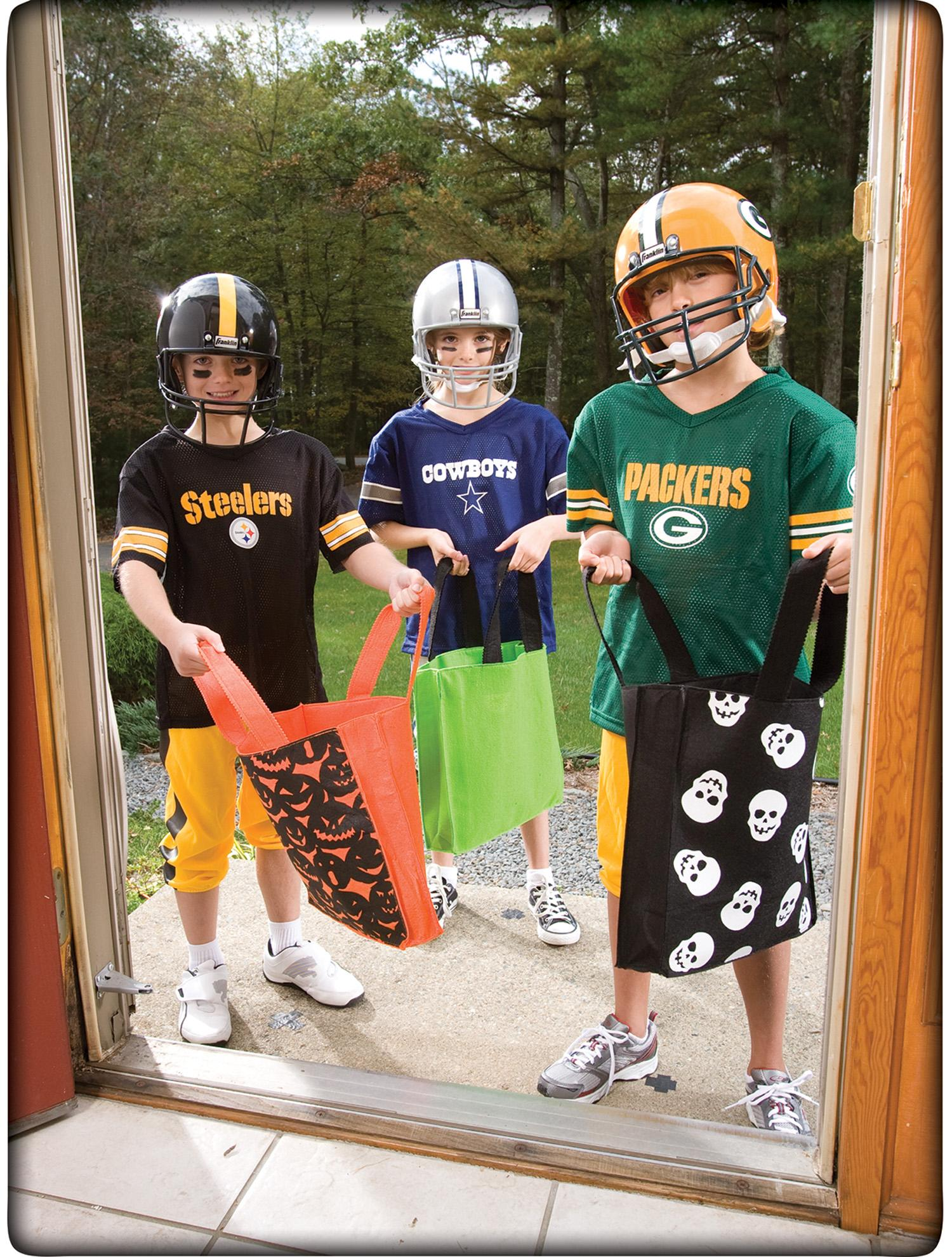 Amazon.com   NFL Pittsburgh Steelers Boy s Uniform Set 8d0aa27e4