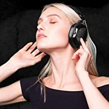bluetooth headphones, wireless headphones, crossfade, studio wireless, qc35, momentum