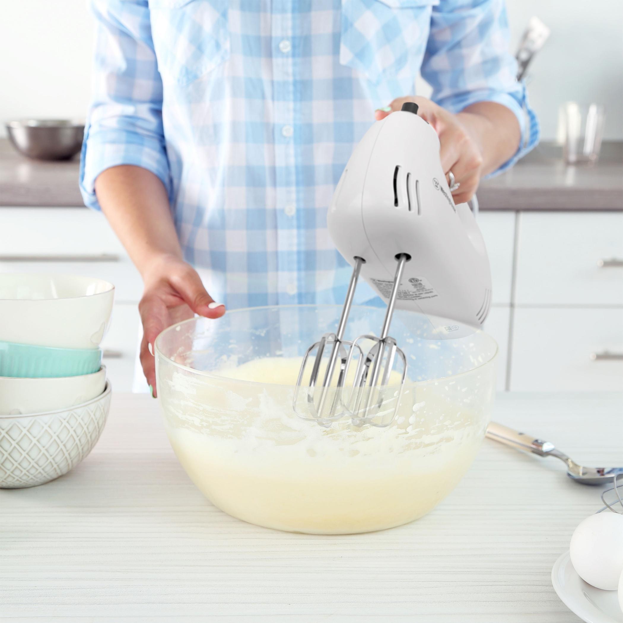 Westinghouse COMIN18JU013296 Whm5Wa Select Series 5 Speed Hand Mixer White